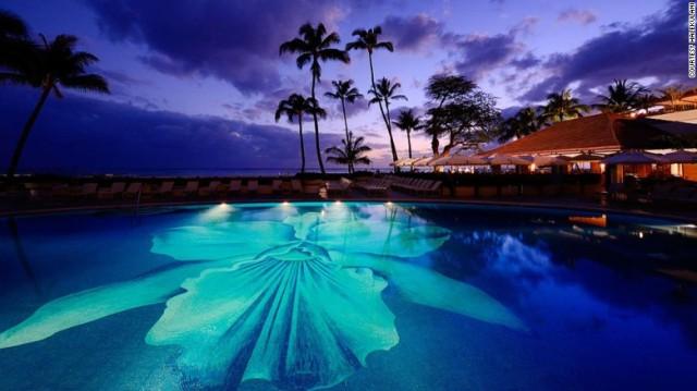 160726134121-us-beautiful-hotels-12-halekulani-1-exlarge-169